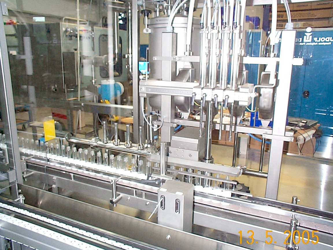 Cleaning in Place on Linear Filling Machine Raupack UK and Ireland