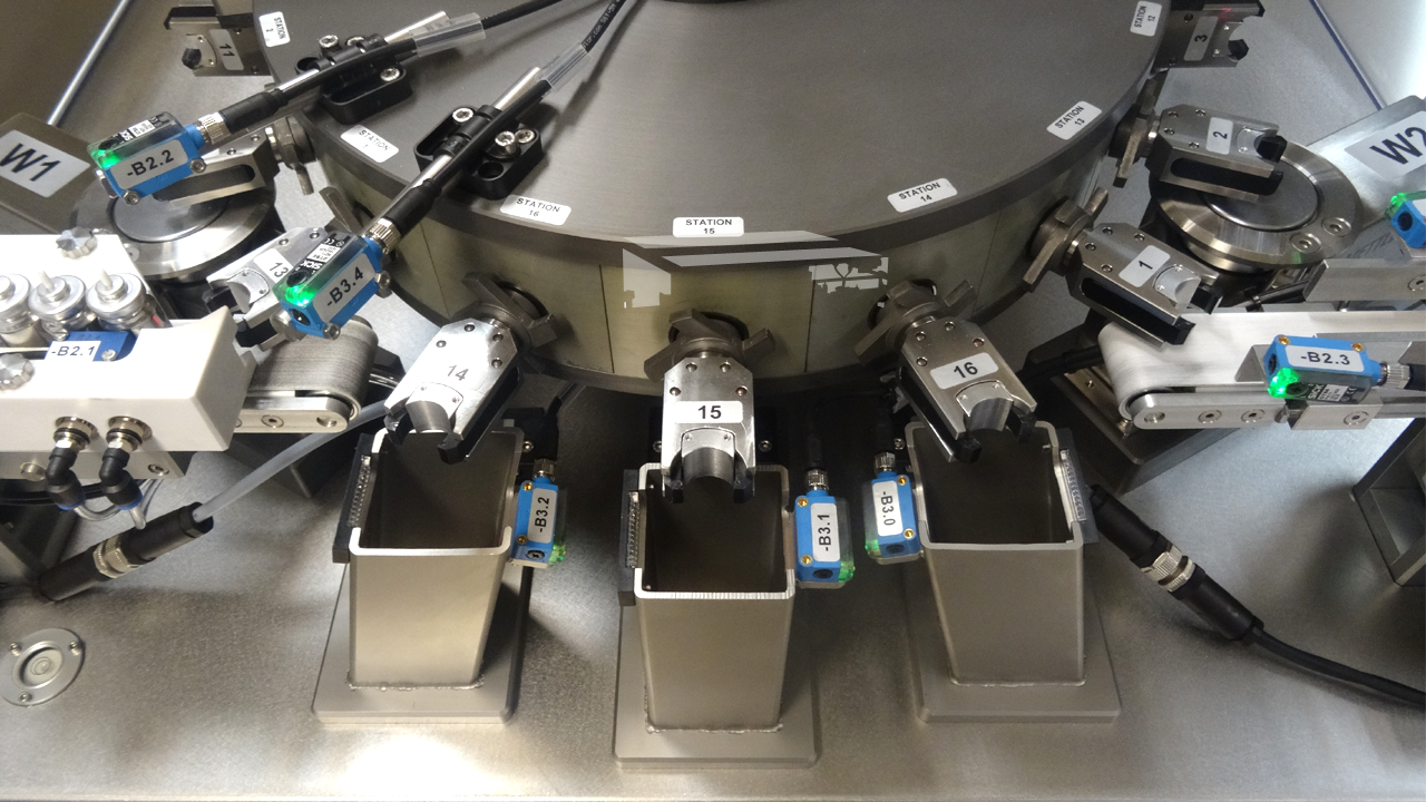 VFT 60 Valve Functioner Tester for Aerosols with integrated check weigher Raupack UK and Ireland