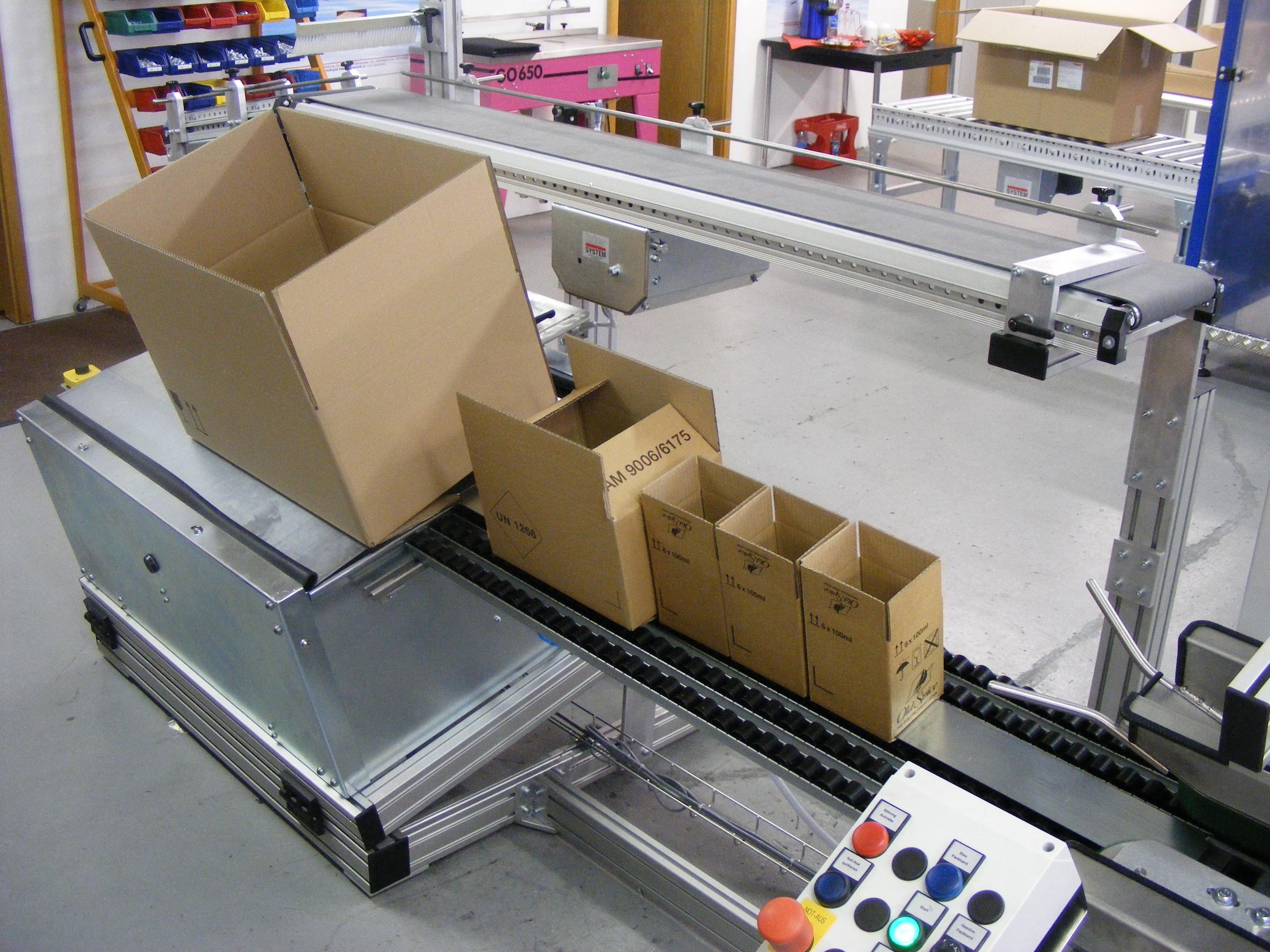 Semi Automatic case erecting Raupack UK and Ireland
