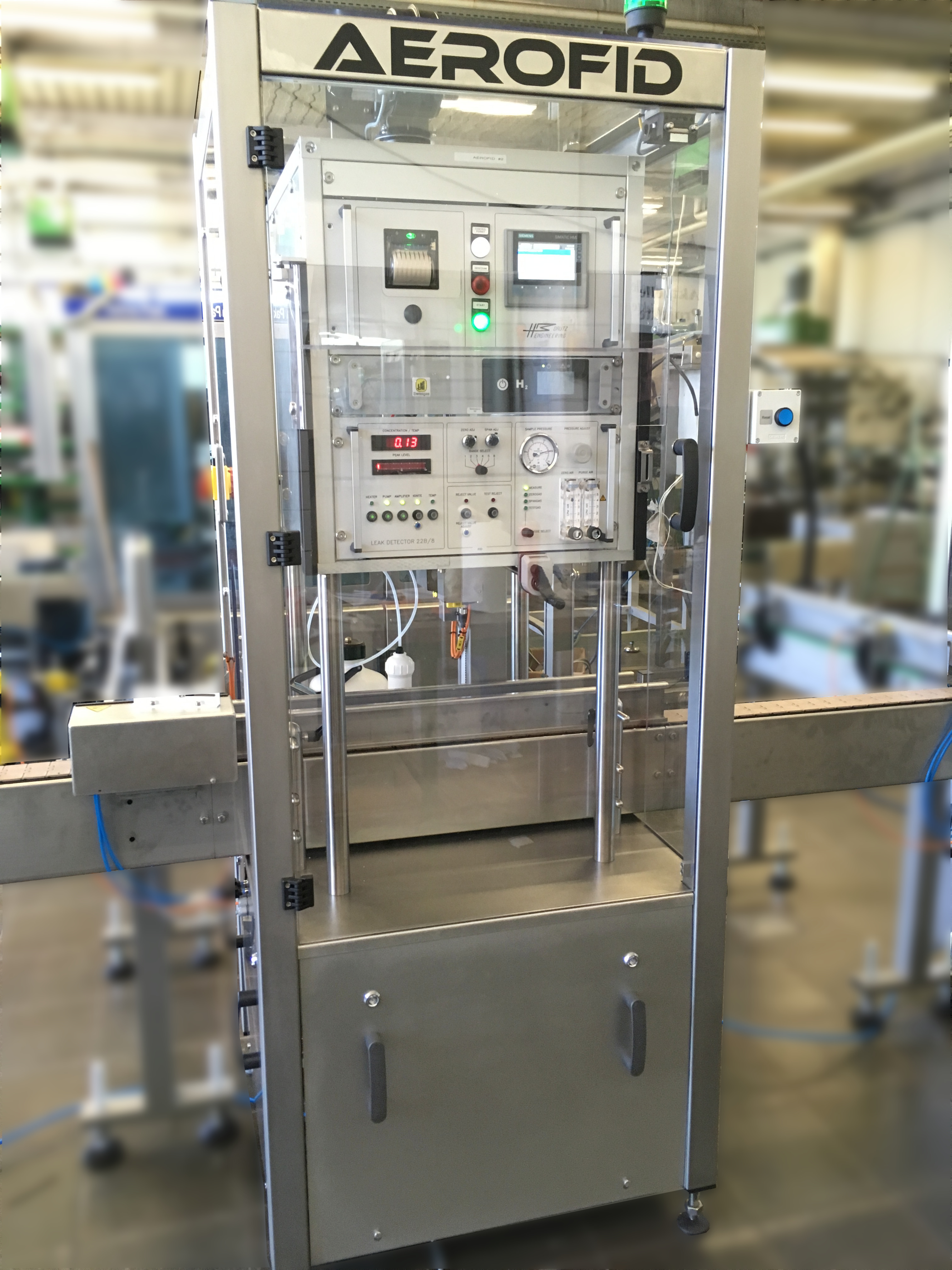 <ol><li>Fully Housed Machine<li>Integrated Reject<li>Not at risk of poisoning or contamination<li>Approved by VCA as part of water bath alternative<li>Detect leaks anywhere on can<li>In Aerosol industry for over 25 years<li>Easy fast Calibration</ol>