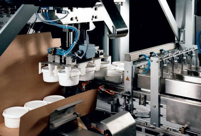 <ol><li>Fast Changeover<li>Flexible Format Range<li>High Speed<li>Cases and/or trays on the same machine<li>Shelf ready and two piece designs can be produced<li>Designed for 24 hour operation</ol>